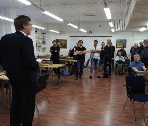 HSK:n pj Matti Kauranen avaa vkonlopputurnauksen (kuva Toivo Pudas)